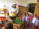 Prezentacije u dječijim vrtićima na temu Pčelica i med_17